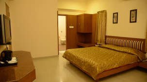 Hotel Pai Vista, KR Road, Bangalore Bangalore Pai Vista KR Road Luxury Hotel Bangalore Suite 12
