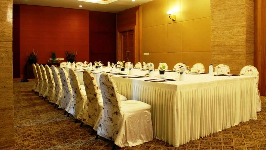 The Orchid - Five Star Ecotel Hotel Mumbai Conference Chancery The Orchid Hotel Mumbai