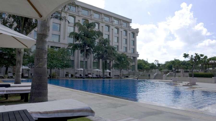 Swimming Pool The Grand New Delhi A 5 Star Luxury