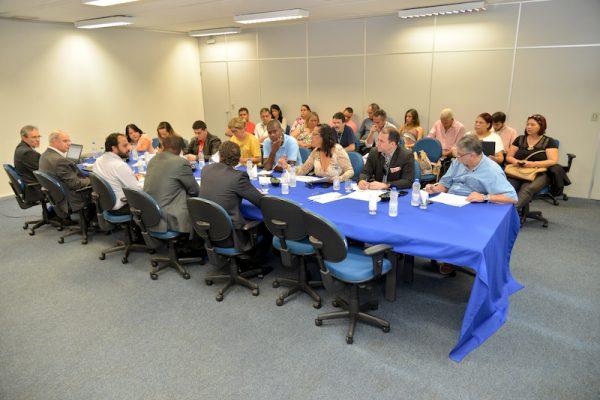 Cobra tenta substituir negociação do ACT 2016 pelo PCCS