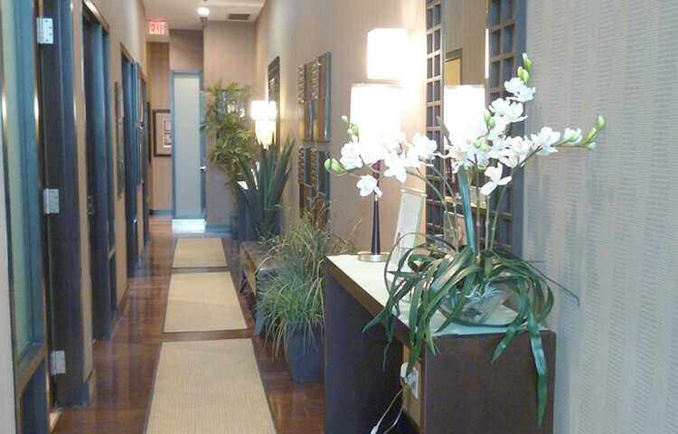 skin vitality medical clinic richmond hill hallway