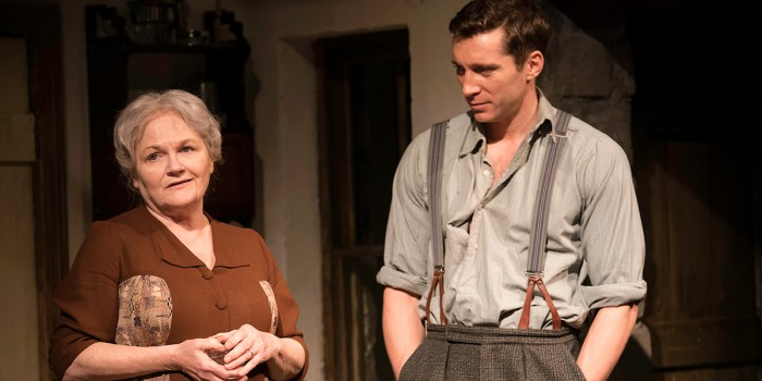 Lesley Nicol (Mother) and Ben Batt (George) in The York Realist at the Donmar Warehouse (Photo: Johan Persson)