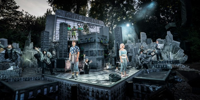 Marc Antolin, Jemima Rooper and company in Little Shop Of Horrors (Photo: Johan Persson)