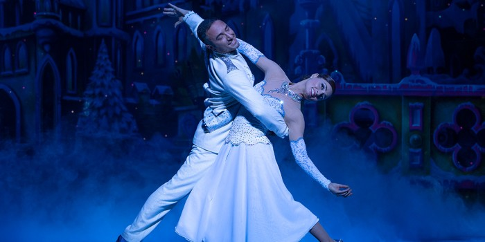 Vincent and Flavia in Snow White (Photo: Paul Coltas)