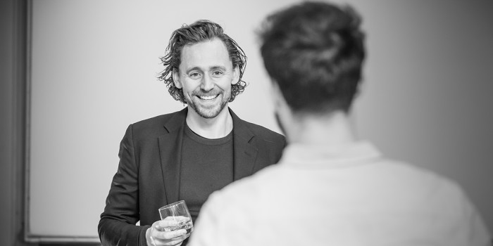 l-r Tom Hiddleston and Charlie Cox in rehearsal for 'Betrayal'. Photo credit Marc Brenner