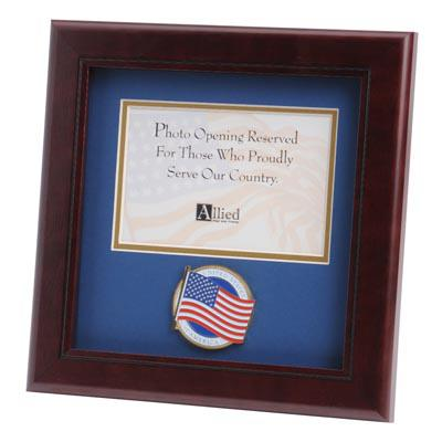 American Flag Medallion 4-Inch by 6-Inch Landscape Picture Frame
