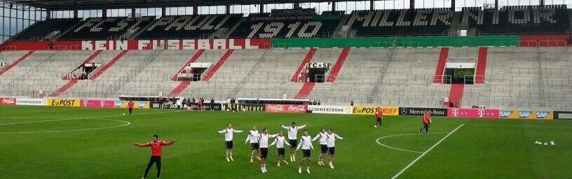 "Nationalmannschaft: DFB entfernt ""Kein Fussball den Faschisten"""