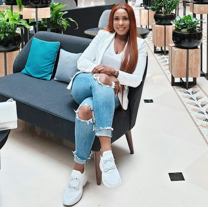 Linda Ikeji Pictured In A Ripped Denim And Sneakers For The First Time