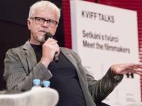 Tim Robbins na KVIFF Talk: Od kovboje ke zpěvákovi