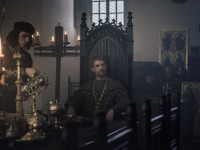 Krále Zikmunda hraje ve filmu Jan Žižka britský herec Matthew Goode