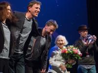 Mezinárodní festival animovaných filmů ANIFILM předal první festivalové ocenění Zdence Deitchové, nepostradatelné sestře v triku