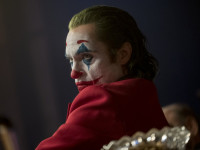 RECENZE: Joker – Joaquin Phoenix jde naproti Oscarovi 95%