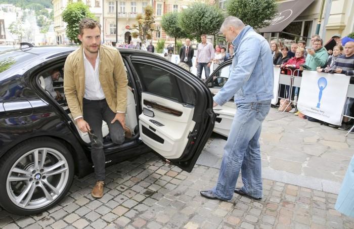 Do Varů dorazil herec Jamie Dornan - idol mnoha dívek a žen