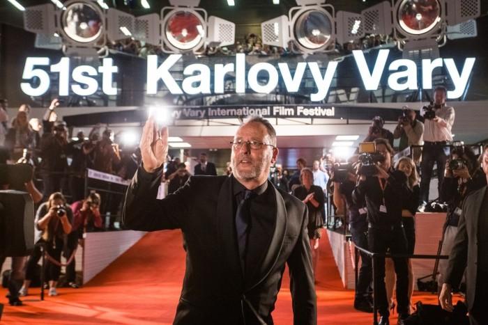 Jean Reno převzal cenu na Karlovarském festivalu
