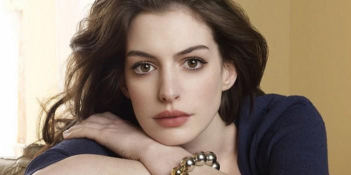 Anne Hathaway si nadělí jednu z nejkrásnějších rolí – bude maminkou!