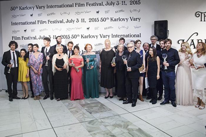 Karlovarský festival skončil Hlavní cenu vyhrál americký film Bob a stromy