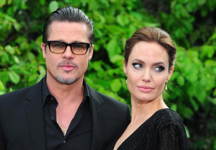 Angelina Jolie se rozvádí s Bradem Pittem - konec hollywoodské pohádky