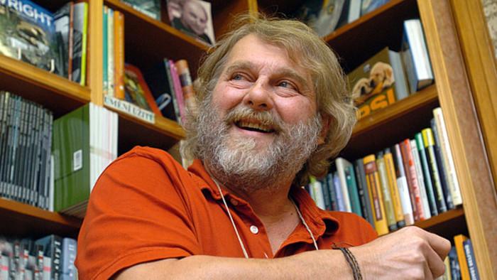 Zemřel Petr Šabach, autor Pelíšků