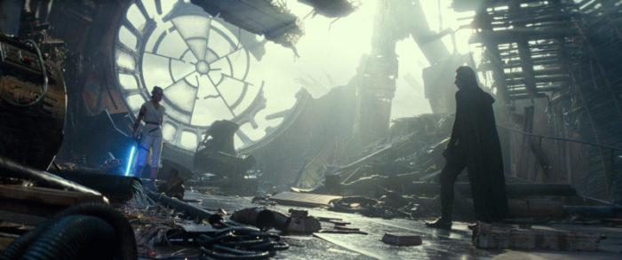 RECENZE: Star Wars: Vzestup Skywalkera – Závěr trilogie postrádající originalitu 60%