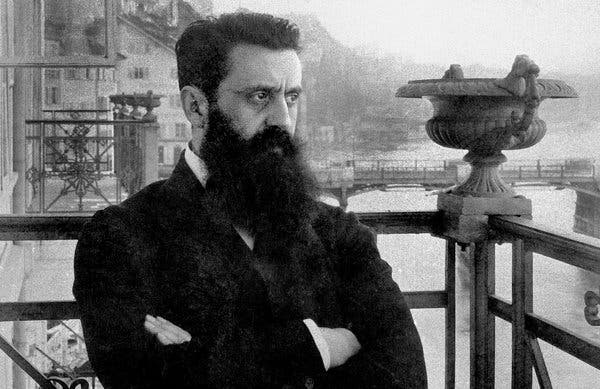 Photograph of Theodor Herzl in 1901