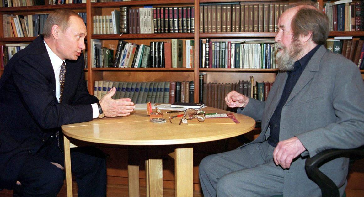 Putin Meets with his Guru, Solzhenitsyn