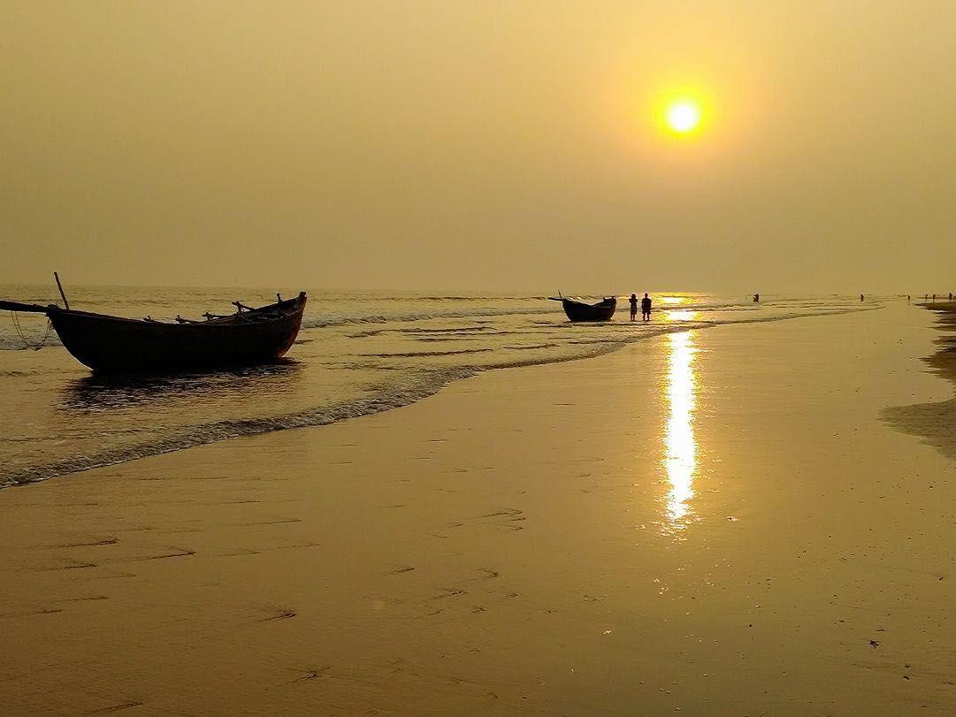 The Mandarmani Beach in Mandarmani