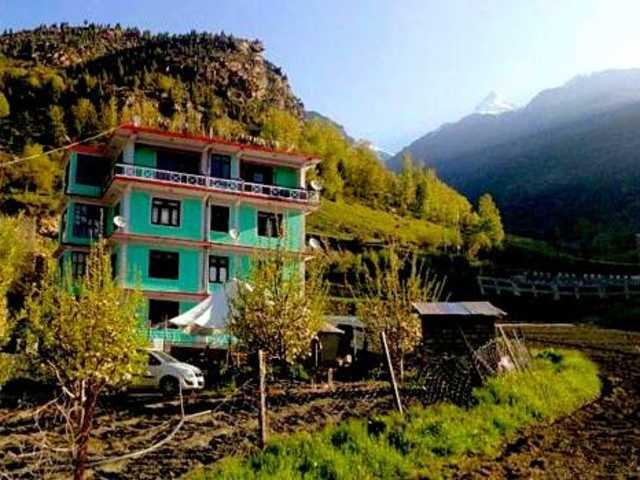 Drilbu Retreat Camp
