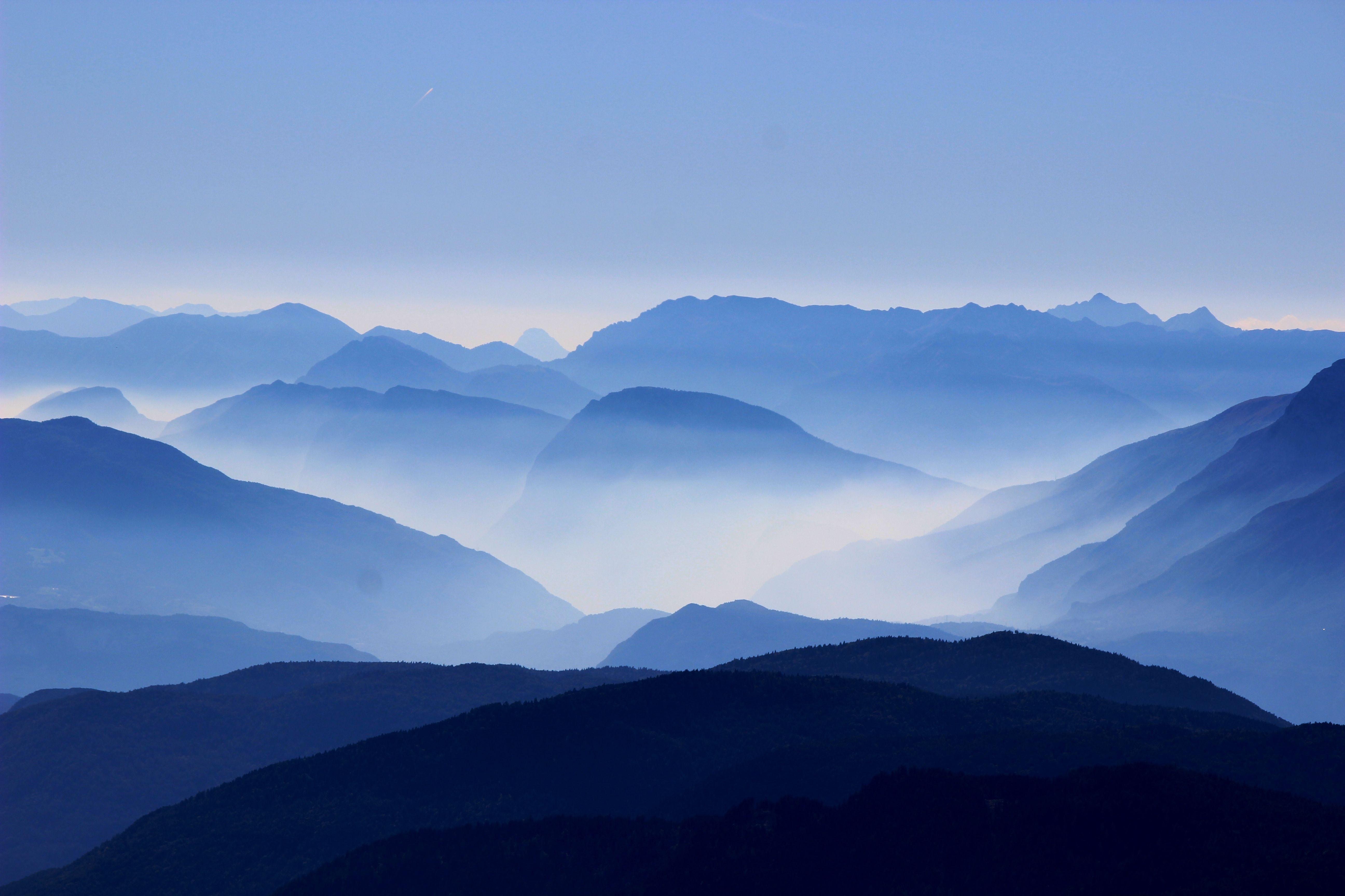 Mountains Wallpaper Ultralinx