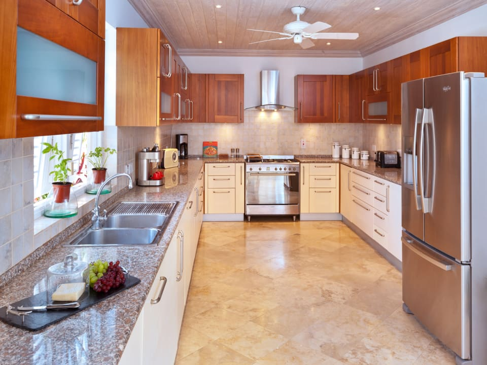 Large modern kitchen with laundry quarters