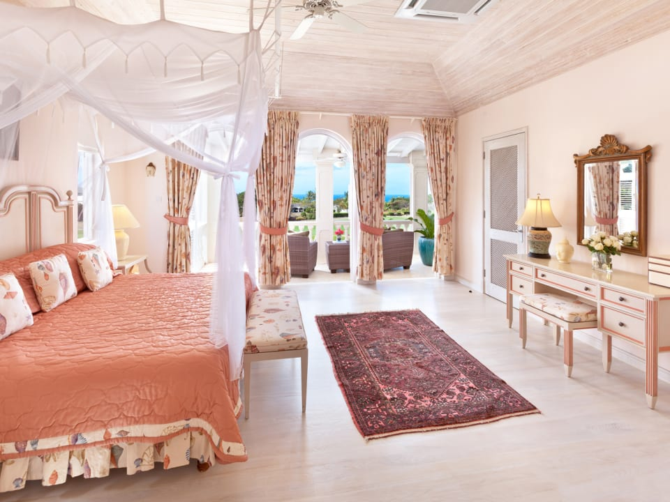 Upstairs guest suite with sea views