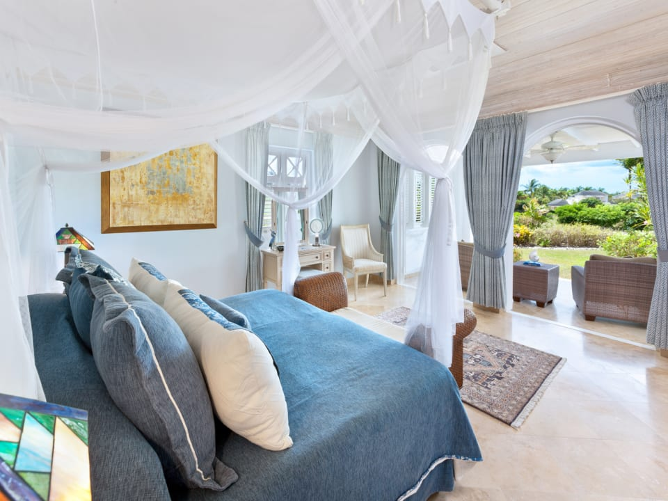 Downstairs guest suite with garden terrace
