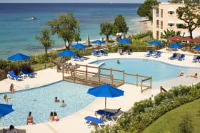 Pool & Ocean View