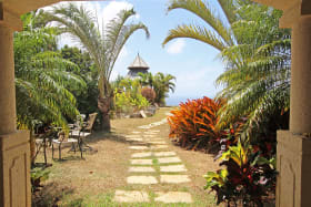 Entrance to gardens with stunning ocean views