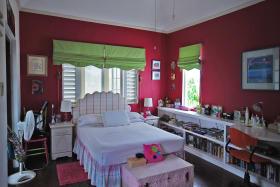 Girls Bedroom - Upstairs