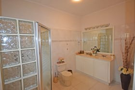 Bathroom in Bedroom 1
