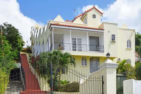 Entrance to Costa Vista
