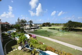 Stunning golf course views from the penthouse