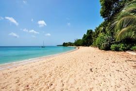 Gibbs beach a 3 minute drive away