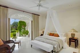 Guest bedroom on ground floor