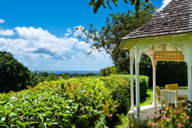 Gazebo and sea view over the valley