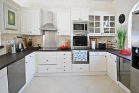Fully upgraded kitchen with modern appliances