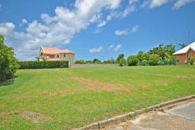 Land lot surrounded by attractive homes