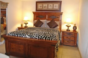 White Sands F3 - beautifully furnished guest bedroom