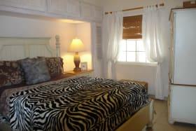White Sands F3 - elegant master suite