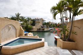 open air patio/plunge pool
