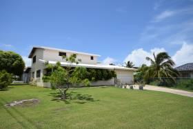 Beautiful Barbados Family Residence