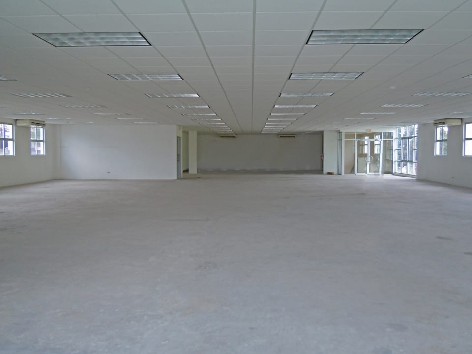 LARGE OPEN PLAN VIEW OF UPSTAIRS