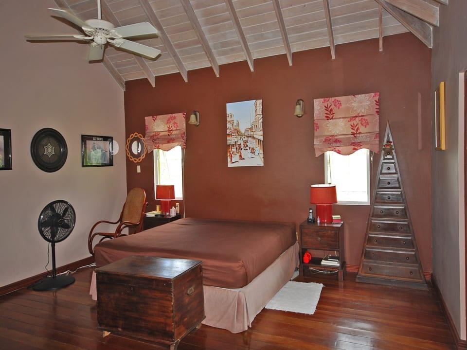 Master Bedroom - Upstairs