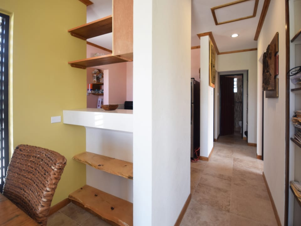 Coridor to Kitchen and Bedrooms