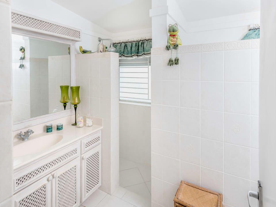 2nd Bathroom